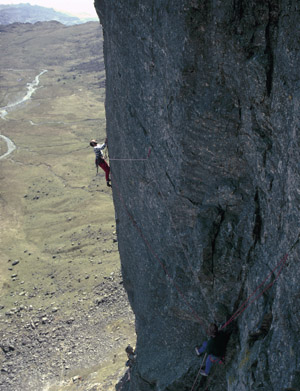 Esk buttress: Fall Out high on the headwall.