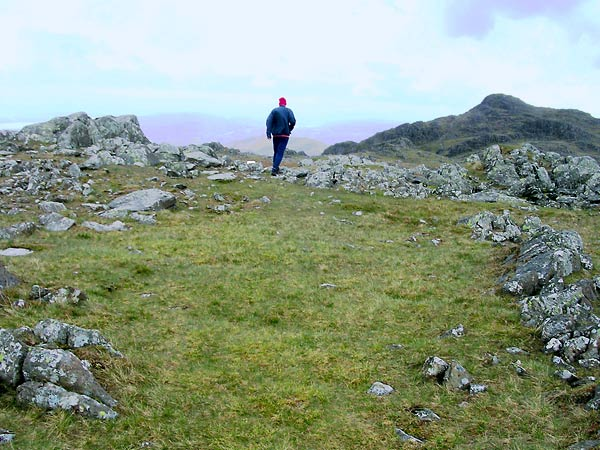 Running from Thunacar Knott towards Harrison Stickle.